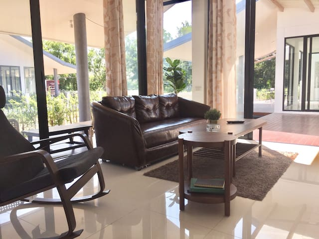 Lake Houses Udonthani, Suite Room