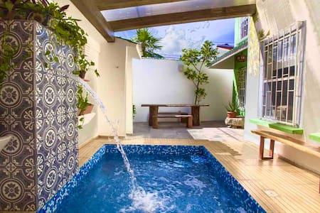 #QuédateEnCasaFlores con alberca privada en Cancún