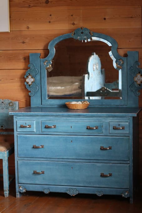 Møblert i gammel stil