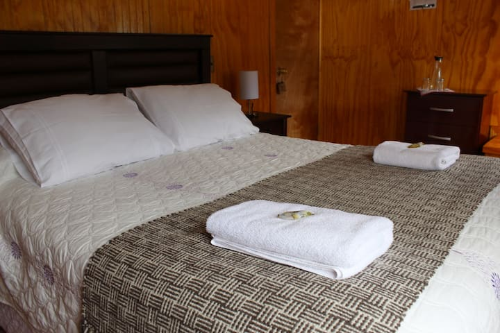 Hostal Don Luis Puyuhuapi Bed & Breakfast