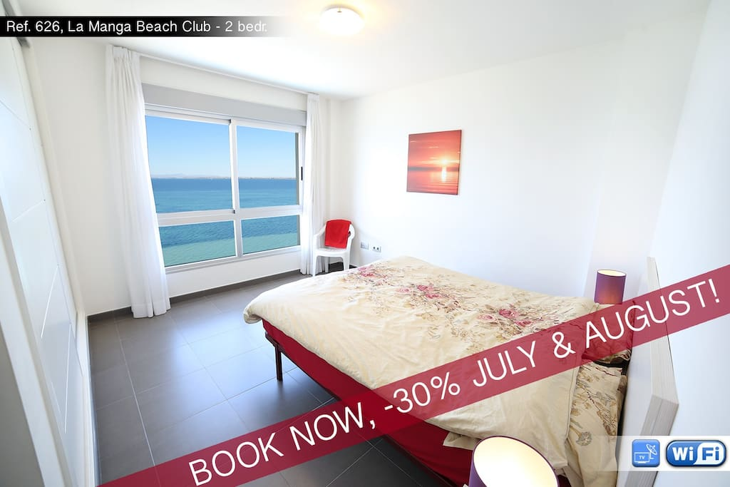 Master bedroom with a spectacular view of Mar Menor