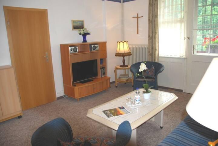 Pension Alte Gerbe, (Oberkutterau), Ferienwohnung, 48qm, 1 Schlafzimmer, 1 Wohn-/Schlafzimmer, 1 sep. Küche, max. 3 Pers.