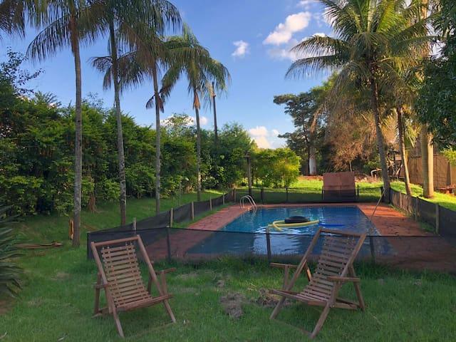 Sitio há 39 km de Ribeirão e próx. à Anhanguera