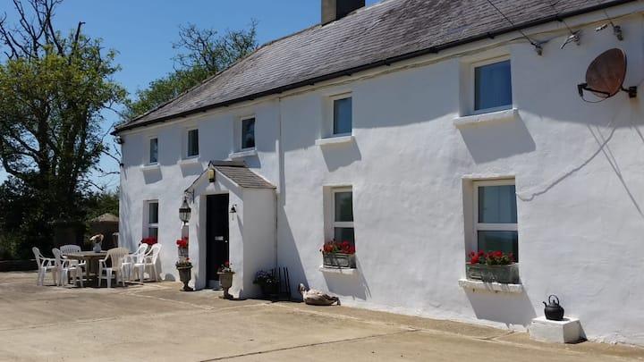 Unique Coastal Farmhouse with private beach