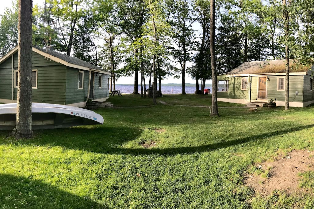 All 3 cabins incl. on Black Lake - private beach ...