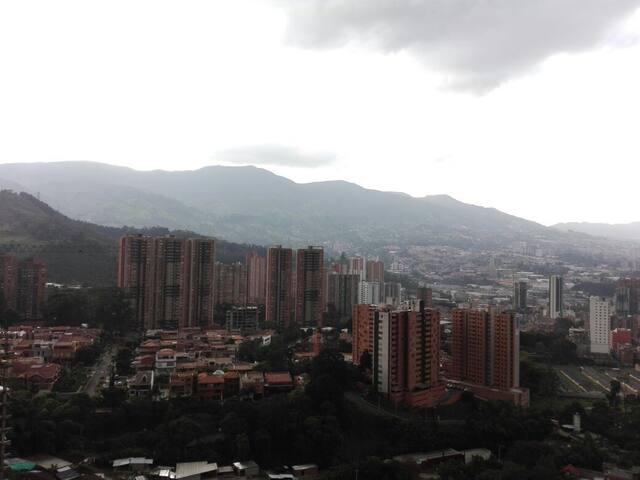 SABANETA - Comfy Apartment in La Doctora - Sabaneta - Byt