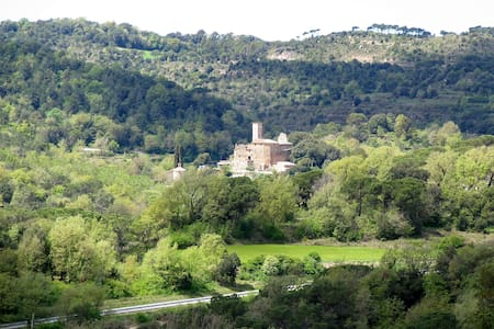 16th century Castle, very close to Barcelona - Castelo