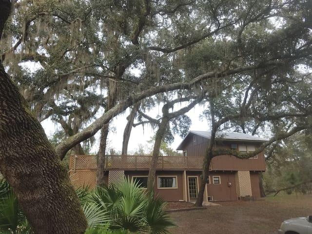 Suwannee Riverside Lodge, Oasis & No Cleaning Fee