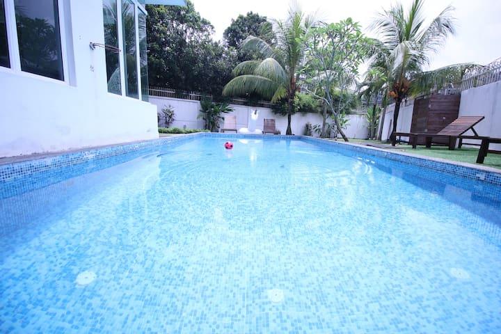 The Garden Homestay@Templer Park - Rawang - Adosado