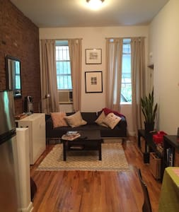 Awesome Apartment in the Heart of the East Village - Apartment