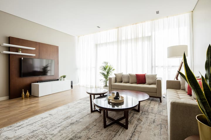 Light and luxurious 2 BR  with City Walk views