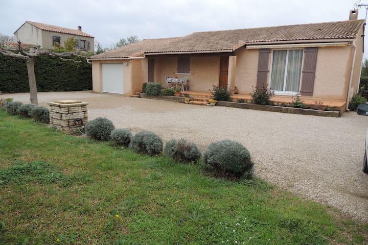 Villa - Eyguières - Casa