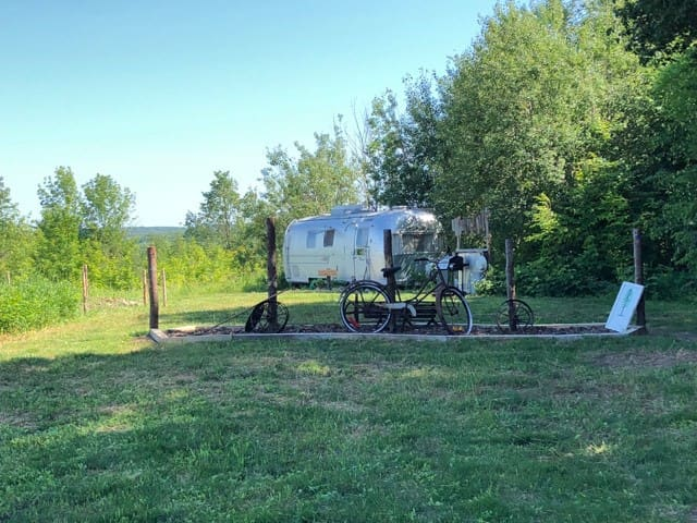 Den Den a 1971 Airstream with Tent Site.