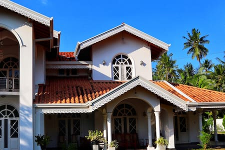 RANSEWANA HOLIDAY HOME WITH KITCHEN- NEAR NEGOMBO
