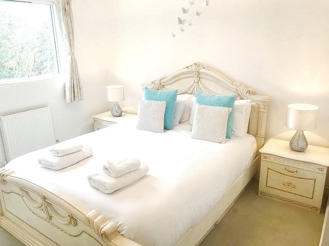 New 1 Bed Flat Near Greenwich Park/O2-Sleeps Max 7