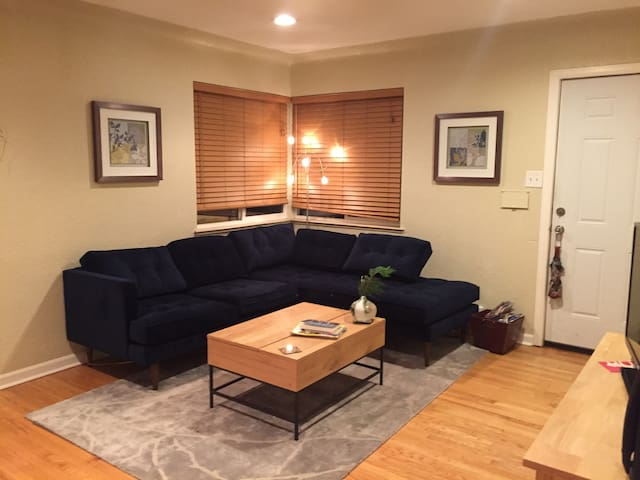 Cozy Central Denver Retreat! - Denver - Szeregowiec