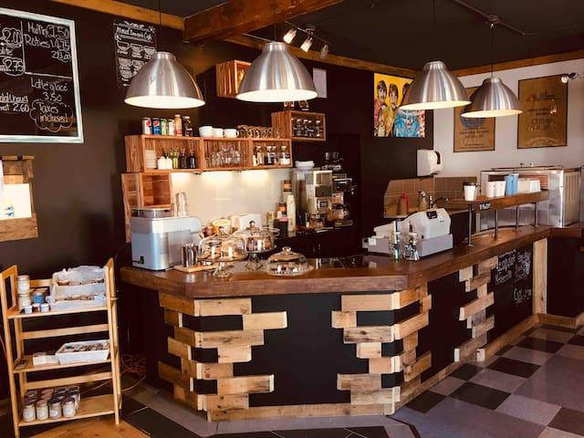 Le Loft du Moud'ton-noir Café