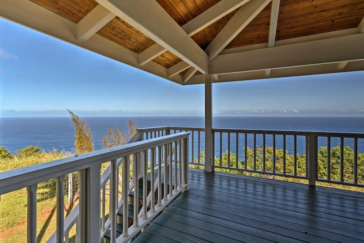 Cliff House w/ Waipi'o Valley Views - on 43 Acres!