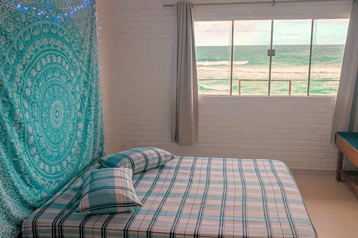 Quarto em frente ao mar - Casa na Praia