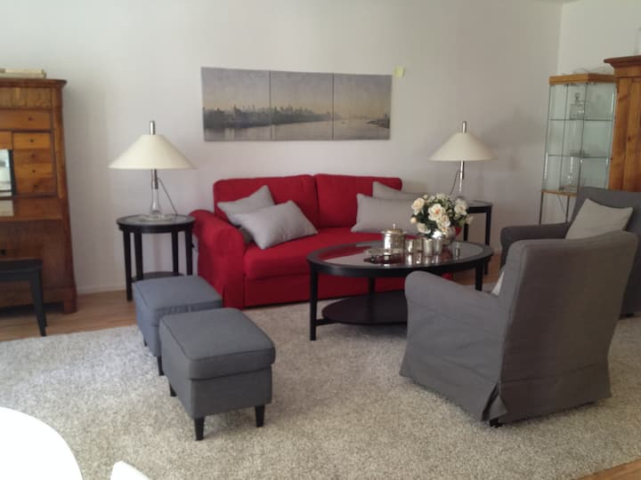 3 Room Apt 90qm - Close to City, Fair and Airport