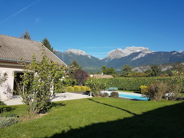 SAINT-JORIOZ, Villa with Pool, near Annecy