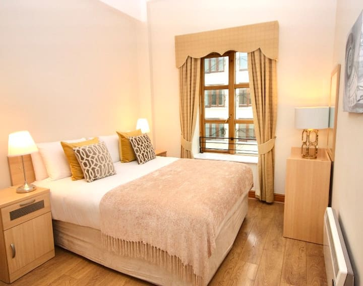 Gorgeous 1 bed city centre - Brookman Town Homes