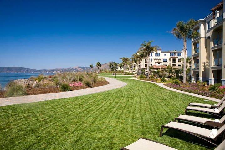 Dolphin Bay Resort and Spa - 2 Bedroom Ocean Front Suite