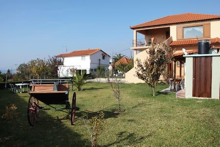 Lovely cosy private maisonette near sea - Epanomi