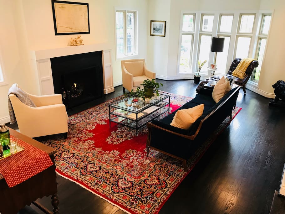 The formal living room is a collection of Detroit furniture. The gas fireplace is available to guests.