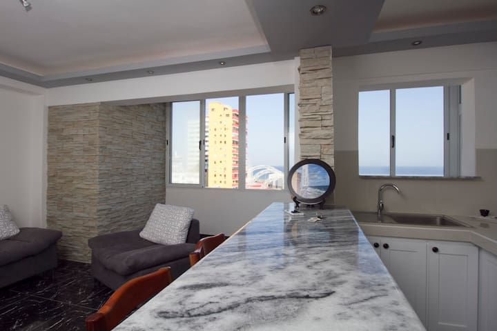 Linea #10 apartment with sea view - La Habana - Appartamento