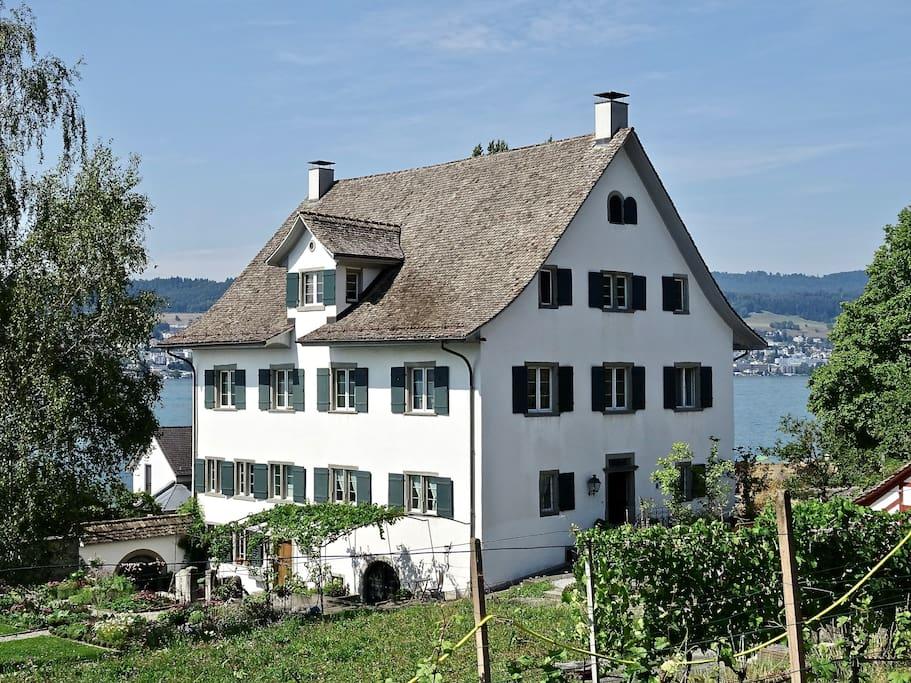 Das historische Gebäude aus dem 17. Jahrhundert