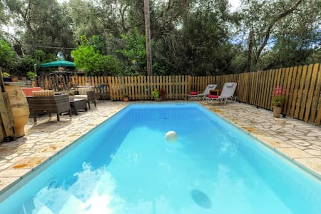 Cottage Dimitris, Holiday Pool Villa in Lakka - Kerkira - 别墅