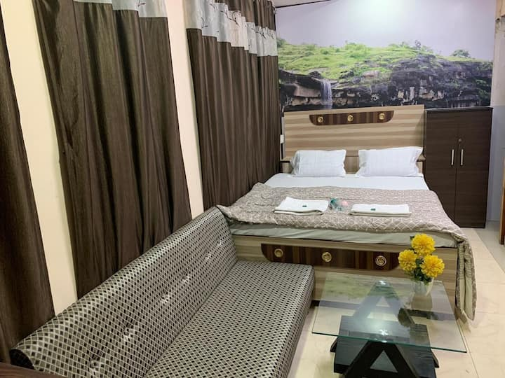 1 Room near Ajanta & Ellora-Breakfast included #G1