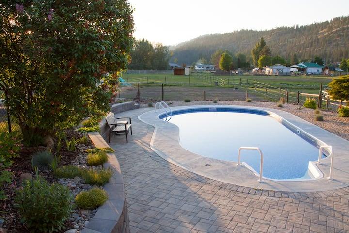 Legacy Acres Relaxing Country Getaway ★ Suite