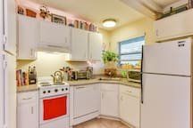 Fully equipped kitchen with coffee maker