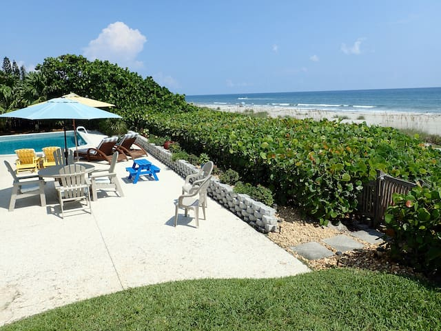 Luxury secluded beach house - Indialantic - Talo