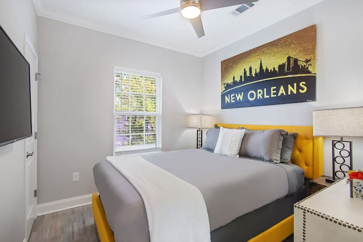 """guest bedroom #3 the """"YELLOW ROOM"""" with a 43"""" Smart TV (netflix included) plush mattress & soft linens!"""