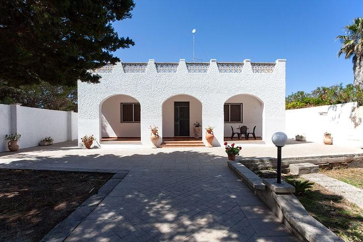 Villa spiaggia 4 camere 2 bagni