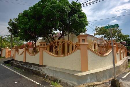 Villa Owen Belitung
