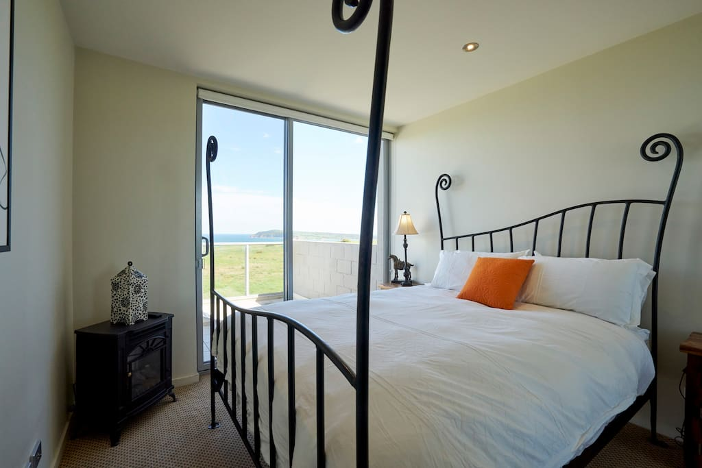Most comfy bed ever!! Full water views and absolute privacy. No need to ever close the blinds on that view.