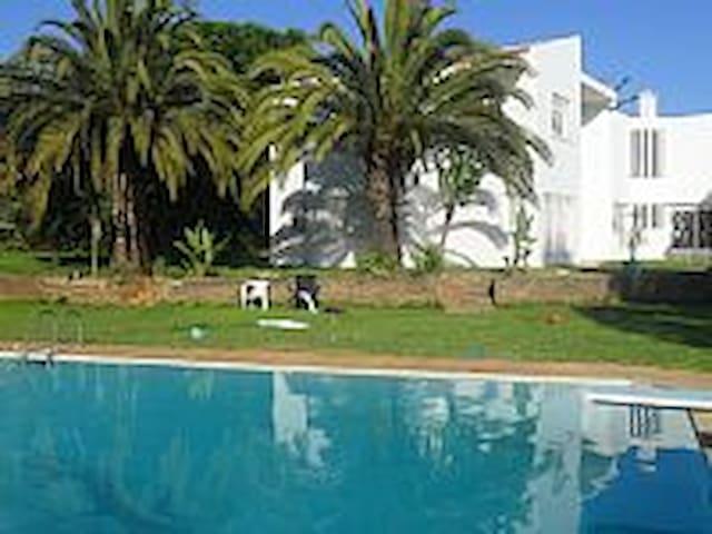 Villa Rabat met zwembad - Rabat - Villa