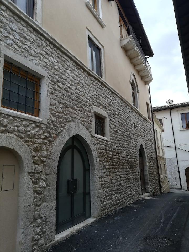 Curatissimo loft pieno centro storico