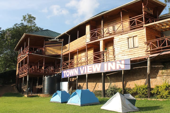 Local and charming guesthouse in Kabale