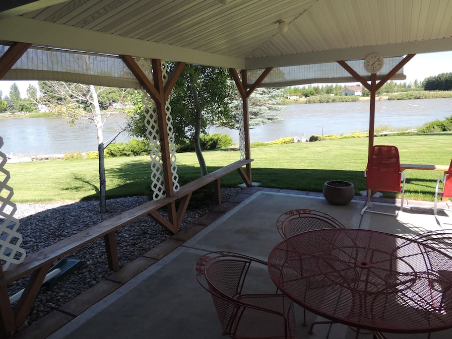 Cover patio overlooking the Snake River
