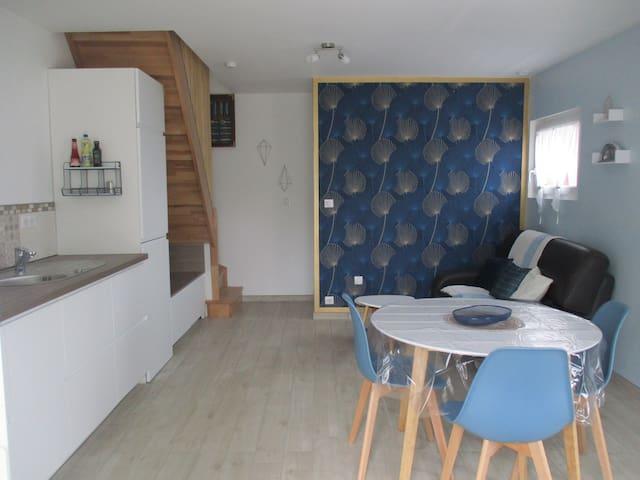 Petite maison rénovée  à 5 mn de Dinard.