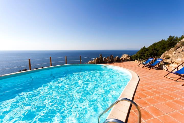 Villa Borgo 6 with sea view & pool - Trinità d'Angulto e Vignola - Lejlighed