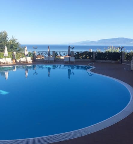 The newest apartment in Pizzo with sea view