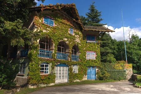 Fairy tales house in the heart of Italian Alpes - Ala di Stura