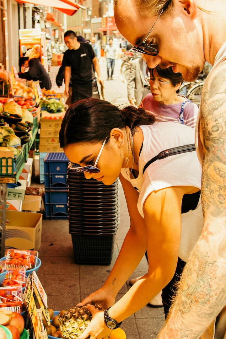 Experience how the locals shop