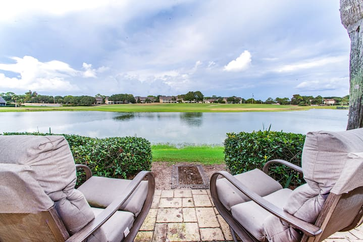 ☀Uncorked☀Seascape Lakefront- Mar 1 to 3 $451 total! Ground Floor- Walk to Beach
